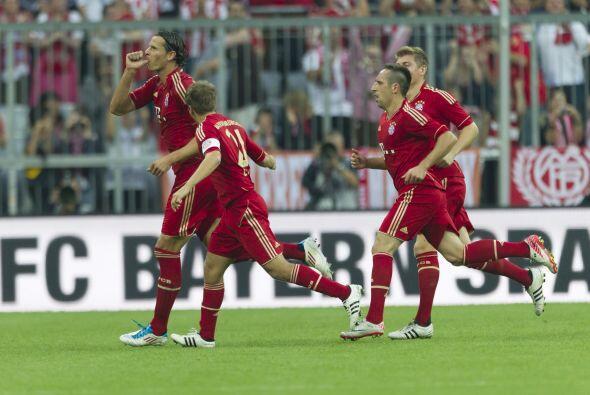Van Buyten convirtió un gran tanto y el Bayern no permitió...