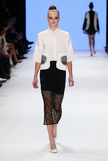 Uno de los estilos que jamás pasarán de moda son las faldas rectas. Esta...