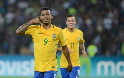 Brasil venció 2-0 a Venezuela
