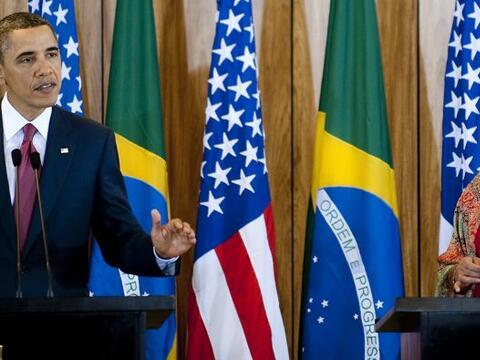Los presidentes de Estados Unidos y Brasil, Barack Obama y Dilma Roussef...