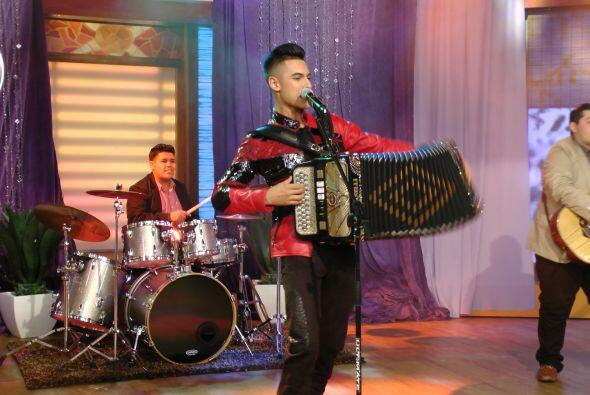 Además, Cheyo Carrillo puso a bailar a todos.