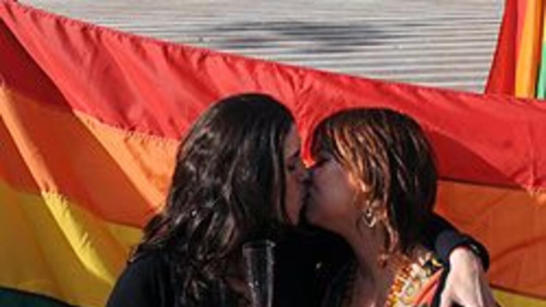 La homosexualidad es ilegal en 76 países y castigada con pena de muerte...