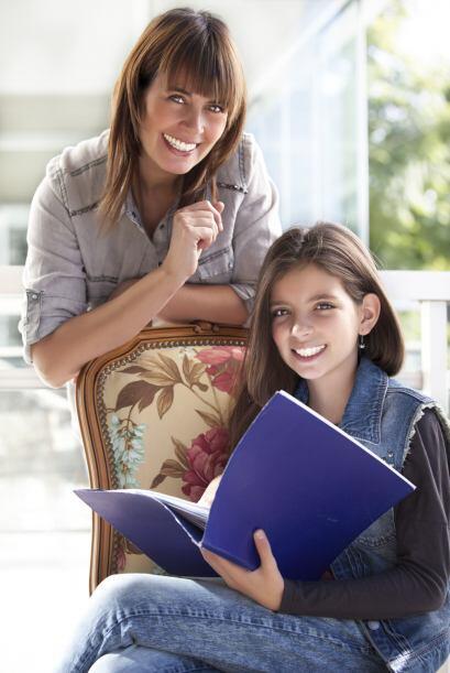 Aunque los niños son los que regresan a las aulas, los padres tie...