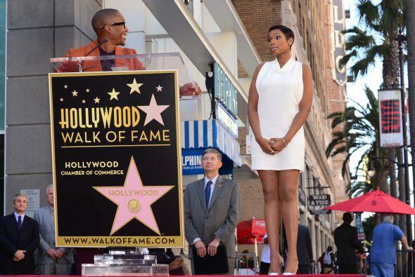 La cantante y actriz se convirtió en la celebridad número 2,512 en recib...