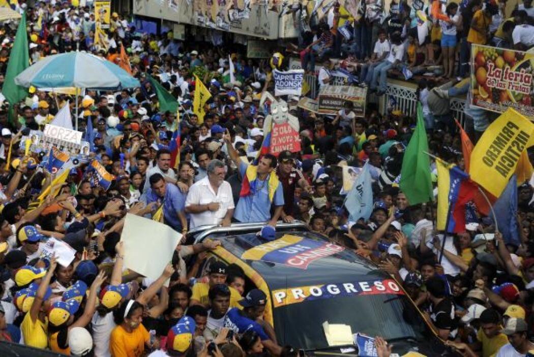 """""""Presidente Chávez, desde aquí, en nombre de nuestro pueblo, le doy las..."""