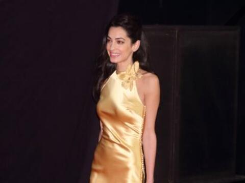 Amal Clooney  ha sido criticada por su elección de vestido y lo s...
