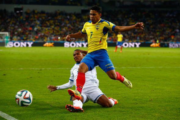 De este grupo, Quintero retomó a 16 de los 23 jugadores que asistieron a...