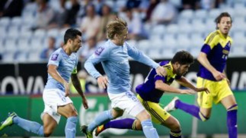 El Swansea dejó fuera al Malmoe luego de igualar sin goles en la vuelta,...