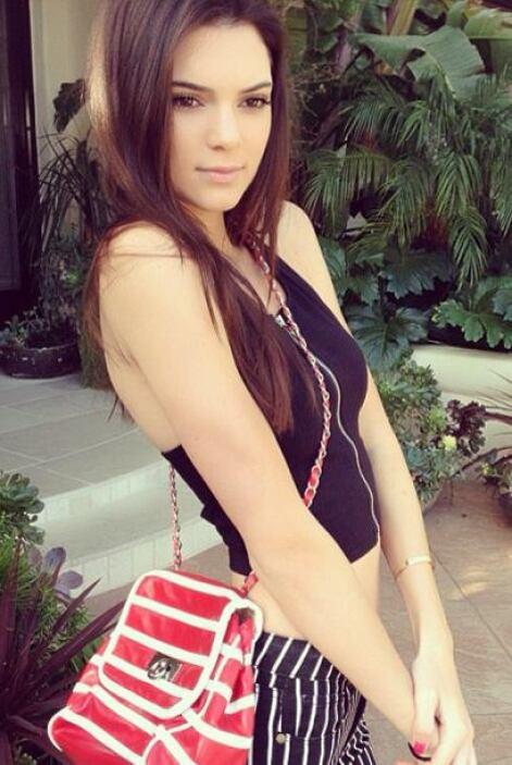 Con su estilo 'hot' y toque juvenil, Kendall y Kylie no le piden nada a...