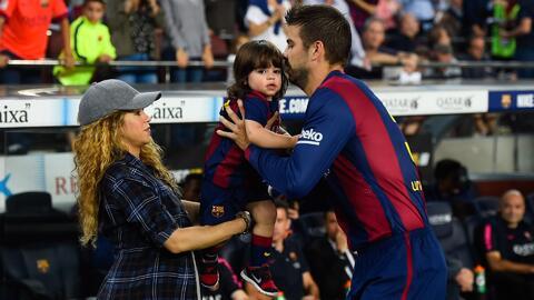 Llegó Shakira, Gerard Piqué y sus hijos a Colombia y miren lo que se for...