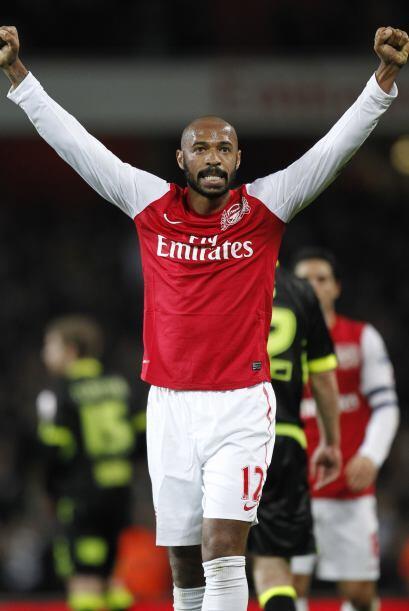 'Titi' levantó los brazos en señal de triunfo, Arsenal log...