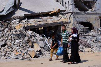 Israel y las milicias en Gaza cumplen la segunda jornada del alto el fue...