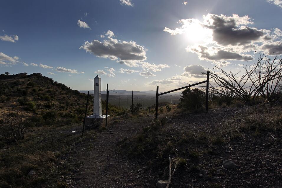 Montezuma Pass, AZ