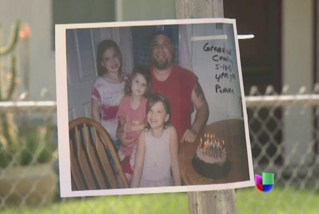 David Silva, de 33 años y padre de 4 hijos, fue golpeado a palos por age...
