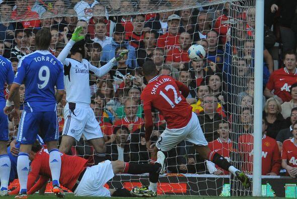 El jugador del Manchester United fue clave ante el Chelsea y caus&oacute...