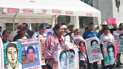 Caravana Padres de Ayotzinapa