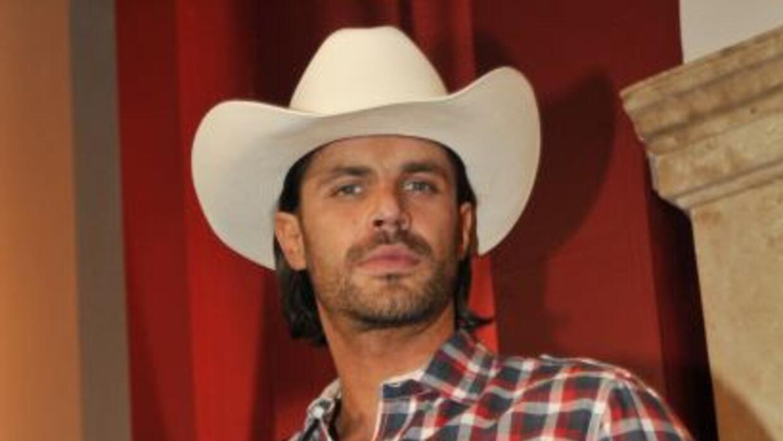 Mark Tacher estará presente en Premio Lo Nuestro 2013.