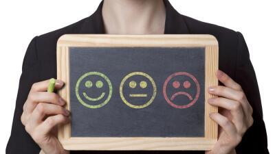 La investigación asegura que no hay relación entre felicidad y longevidad.