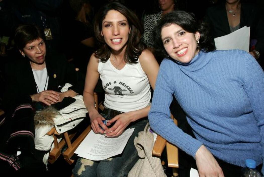 """Por cierto que la """"Diva del Bronx"""" tiene dos hermanas mayores: Lynda, qu..."""