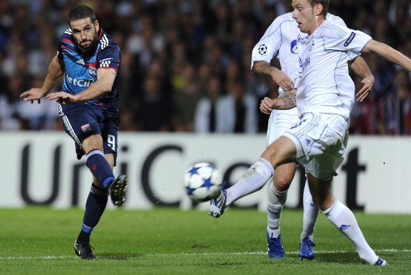 El Lyon prefirió manejar el juego para no perder la ventaja.