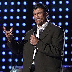 Una figura latina histórica en la NFL como Anthony Muñoz convivió con el...
