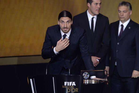 El delantero del Paris Saint-Germain se llevó el premio al supera...
