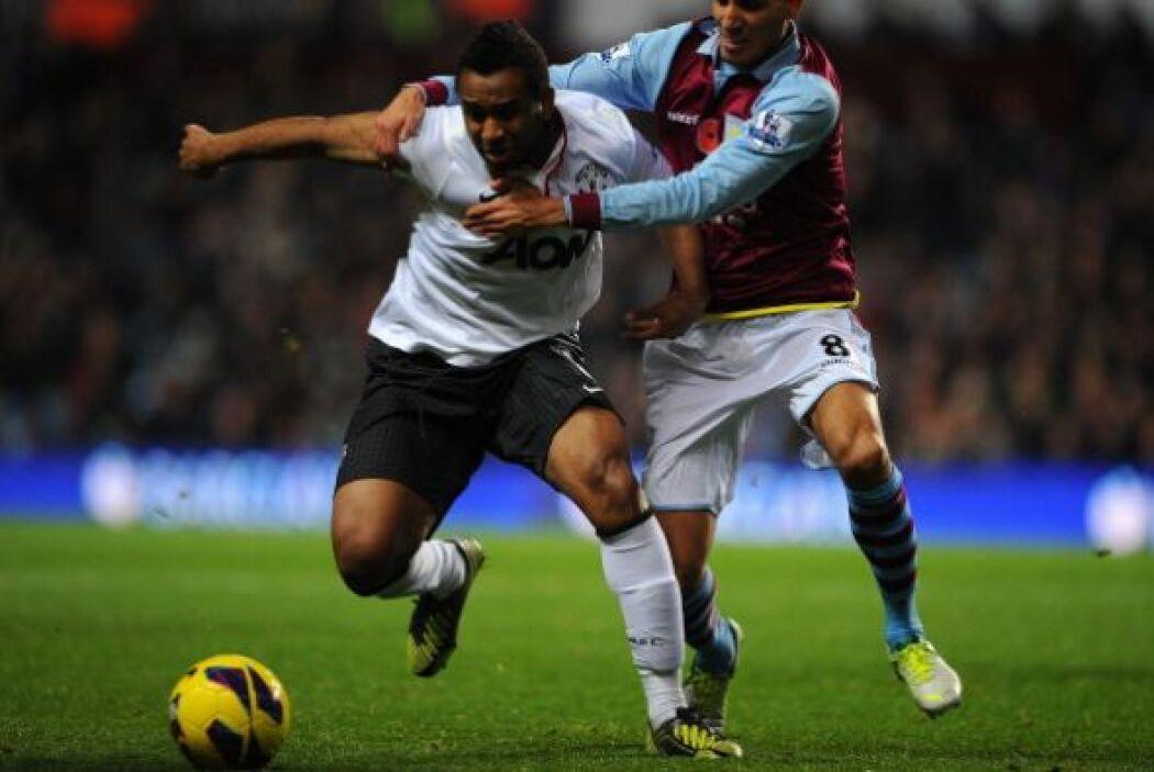 Comenzó mal el partido para el Manchester United. Aston Villa quiso impo...