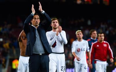 Sevilla celebra su triunfo ante Barcelona