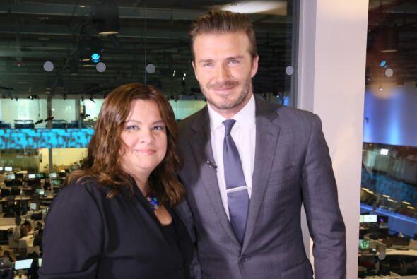 Silvia Salgado también platicó con Beckham.