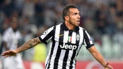 Carlos Tevez hizo la diferencia en el marcador para los italianos.