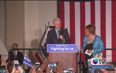 Bill Clinton impulsa carrera de Hillary en Sacramento