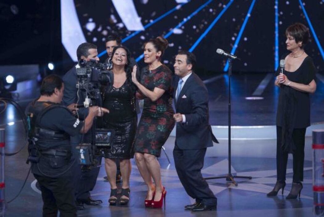 Lety Rojas fue eliminada de la competencia por las jueces de canto, pero...