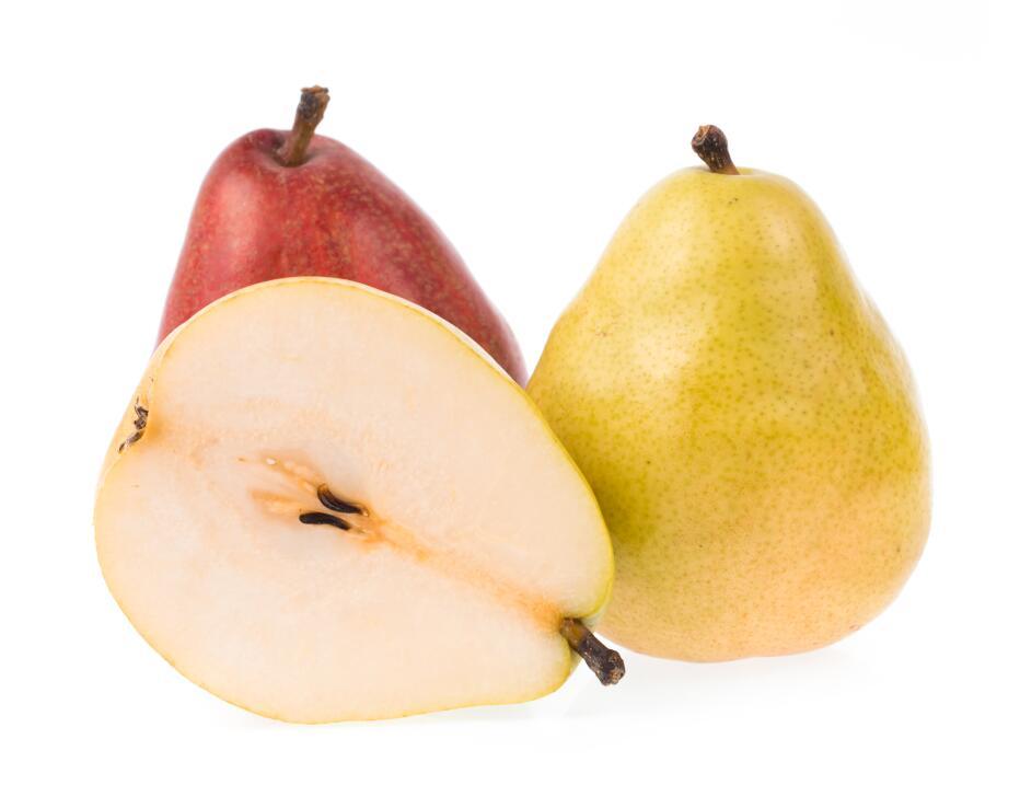 Peras. Al igual que la manzana, las peras son ricas en agua, pectina y f...
