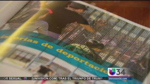 """Líderes comunitarios presentan el libro """"Sueños deportados"""""""