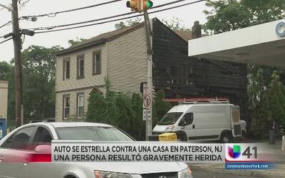 Auto se estrelló contra casa en Nueva Jersey