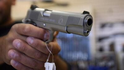 Corte Suprema falla en contra de compra de armas a terceros