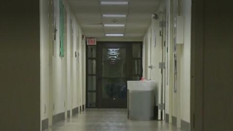 Buscan a un sujeto que ingresó a dormitorios del Occidental College de E...