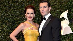 Jacqueline Bracamontes y su esposo  Martín Fuentes llegaron llenos de gl...
