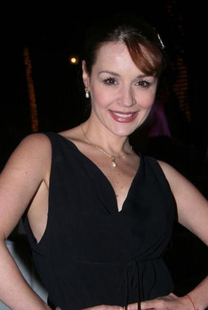 """Fue hasta 2004 que la vimos otra vez en la telenovela """"Mujer De Madera""""..."""