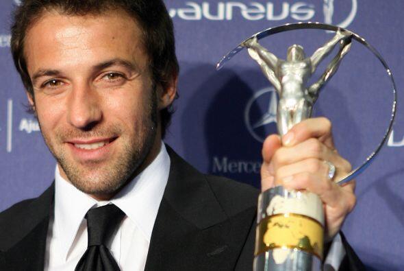 En el 2007 le entregaron, junto al plantel italiano, el premio Laureaus...