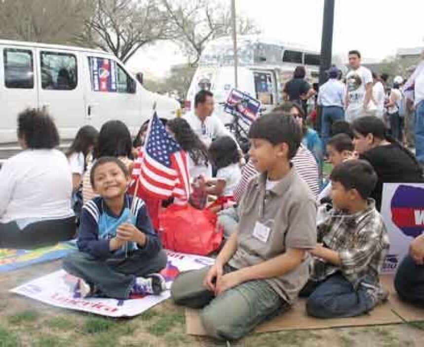 Huérfanos a la fuerza. En Estados Unidos hay unos 5 millones de niños es...