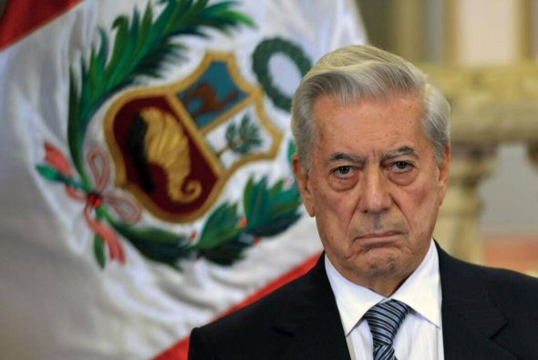 """El escritor peruano Mario Vargas Llosa dijo que Venezuela """"va camino a l..."""