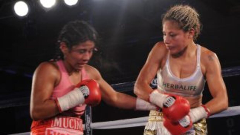 Juárez ganó en una pelea explosiva a Muciño (Foto: HG Boxing)