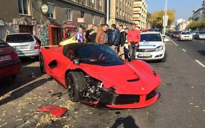 Accidente de un Ferrai LaFerrari en Budapest