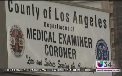 Escándalos sacuden la oficina del médico forense de Los Angeles
