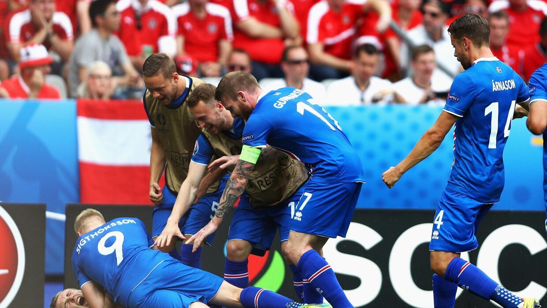 Islandia es segundo y logra pase histórico