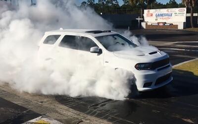 En Video la nueva Dodge Durango SRT 2018 es la utilitaria de 3 filas de...