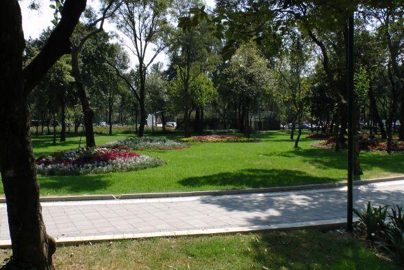La estatua es la imagen central del Parque de la Amistad México-Azerbaiy...
