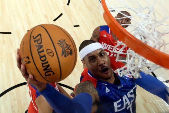 Carmelo Anthony acabó con 26 puntos.