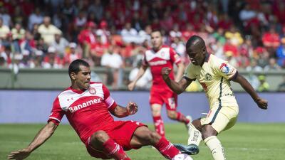 El ecuatoriano sufrió insultos racistas ante Toluca.